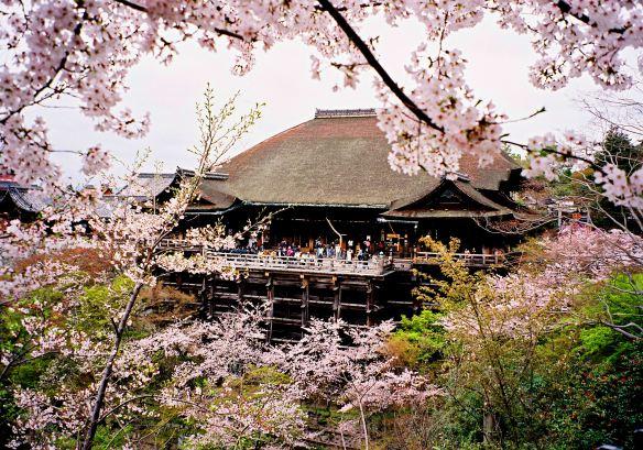 Chùa Thanh Thủy – di tích lịch sử tiêu biểu của Kyoto