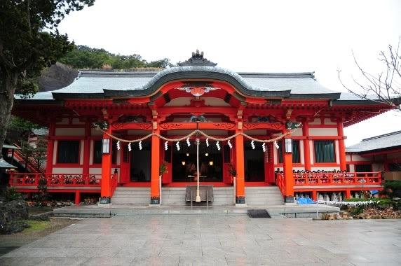 ngoi den Awashima Awashima   Đền tưởng niệm búp bê Nhật Bản