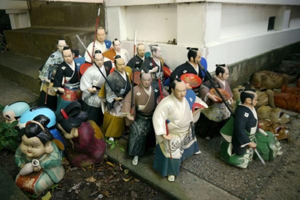 bup be nhat ban 2 Awashima   Đền tưởng niệm búp bê Nhật Bản