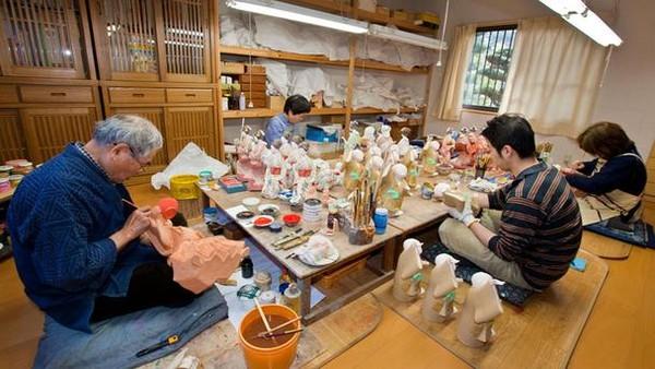 Biểu tượng văn hóa dân gian Ningyo ở Nhật Bản 1 Biểu tượng văn hóa dân gian Ningyo Nhật Bản