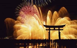 fireworks japan new year Các lễ hội truyền thống Nhật Bản