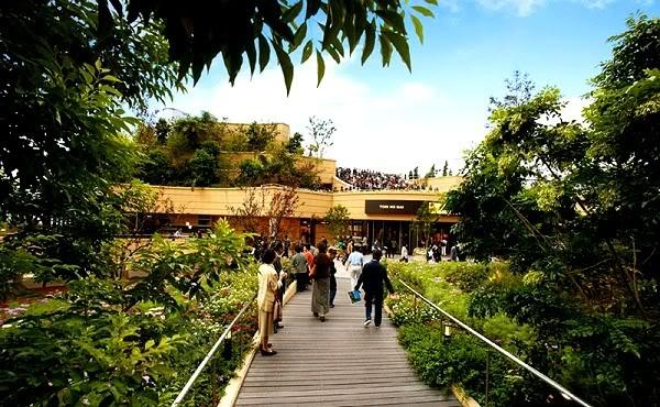 namba osaka 7 Công viên Namba ở Osaka Nhật Bản