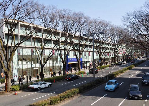Omotesando Hills 1 La cà những khu mua sắm tuyệt nhất Tokyo