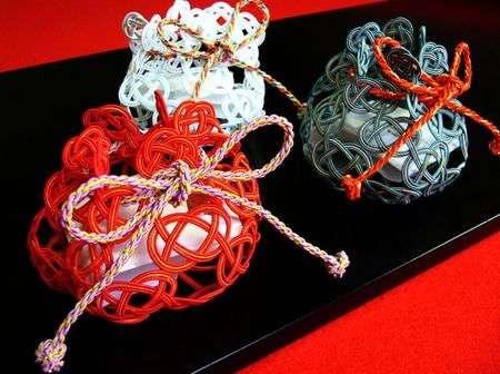 Mizuhiki 8 Mizuhiki   vật phổ biến trên những món quà Nhật
