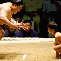 Để trở thành võ sĩ Sumo