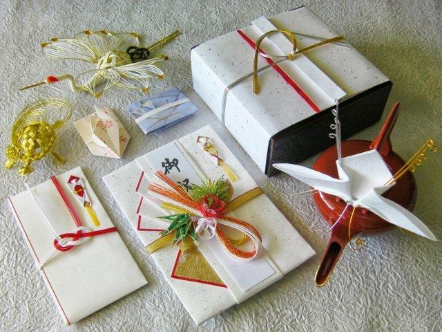 Văn hóa tặng quà trong kinh doanh của người Nhật