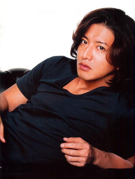 Takuya Kimura 10 nghệ sĩ nam phái đẹp Nhật muốn ôm nhất