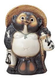 Tanuki 30 món quà lưu niệm phổ biến tại Nhật Bản