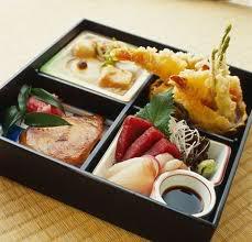 bento10 30 món quà lưu niệm phổ biến tại Nhật Bản