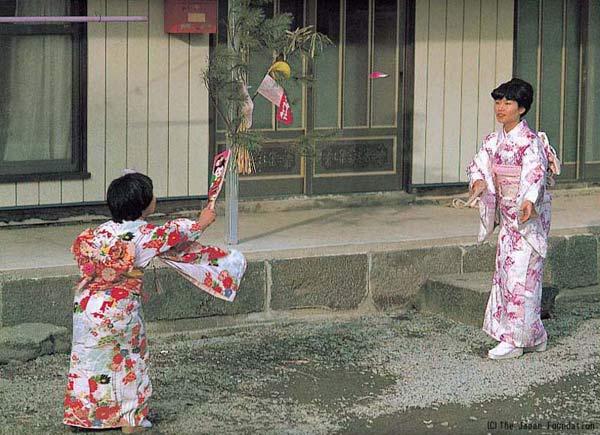 caulong Hanetsuki nhatban 5 Độc đáo cầu lông Hanetsuki Nhật Bản