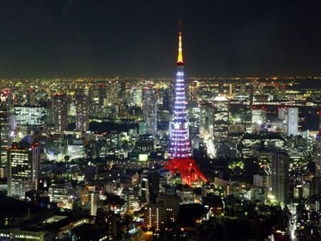 thaptokyo duhochoasen4 Tháp Tokyo  biểu tượng của thành phố Tokyo Nhật Bản .