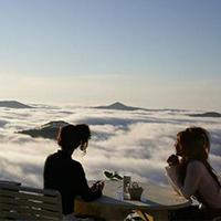 Vẻ đẹp trên đỉnh Unkai Terrace Nhật Bản