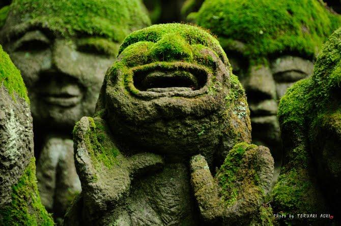 tuong da chua Otagi Nenbutsu Ji Tượng đá hài hước ở ngôi chùa Otagi Nenbutsu Ji