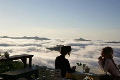 Unkai Terrace nhatban Vẻ đẹp trên đỉnh Unkai Terrace Nhật Bản